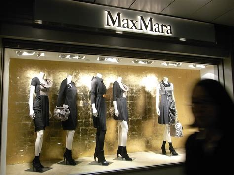 Maxx Shop by File Hk Prince S Building 太子大廈 Maxmara Shop Window Jpg