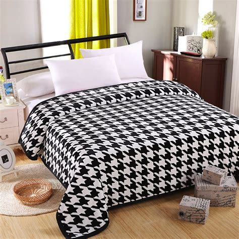 Promo Bed Cover Murah 180x200 T3010 3 free shipping cloud mink polyester bed cover blanket fur crochet soft fluffy fleece