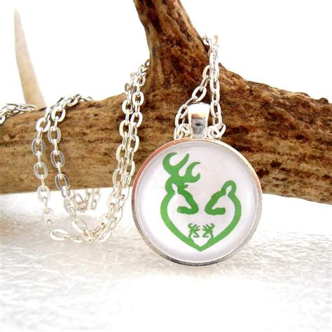 buck and doe necklace green browning by