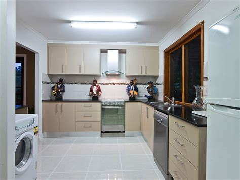 l shaped modern kitchen nurani org tag for modern l shaped kitchen design kitchen cabinets