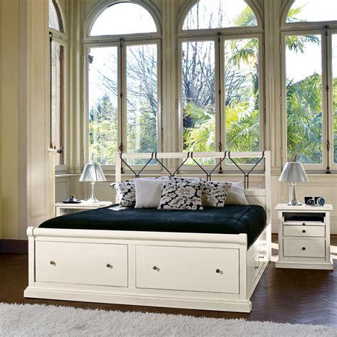 letti matrimoniali con cassettoni letto matrimoniale in legno bianco con cassettoni