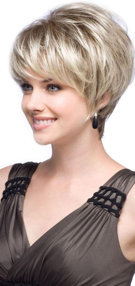 coupe de cheveux court et coiffure femme courte effil 233 e