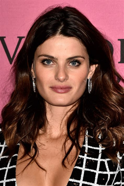 fontana hair isabeli fontana s long wavy cut the most gorgeous