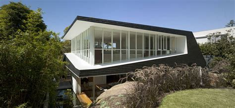 bungalow architecture skirt rock house mck architects archdaily