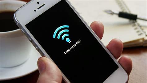Wifi Genggam 8 tips agar tetap aman saat pakai wifi hotspot umum selular id