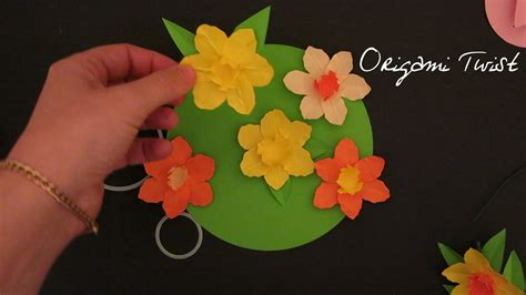 How To Make Paper Daffodils - how to make paper flowers daffodils