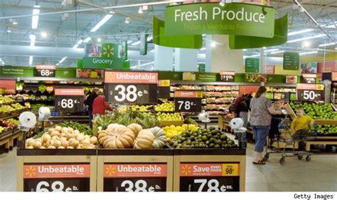 walmart food walmart rolls into battle against the big three grocery chains aol finance