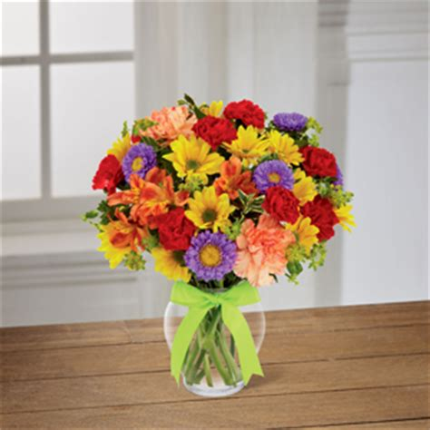 cottage flowers fort wayne cottage flowers inc the ftd 174 light and lovely bouquet