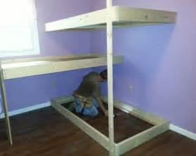 triple bunk bed build download wood plans