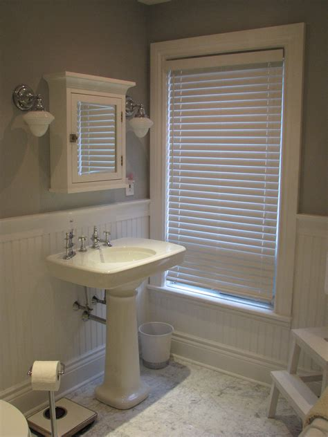 Wainscoting Ideas For Bathrooms Best Wainscoting In Bathroom Ideas House Design And Office