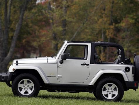 lease 4 door jeep wrangler the 25 best ideas about jeep wrangler lease on