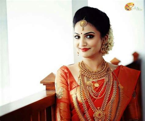 kerala hairstyles for round face 22 awesome kerala wedding hairstyles for girls vizitmir com