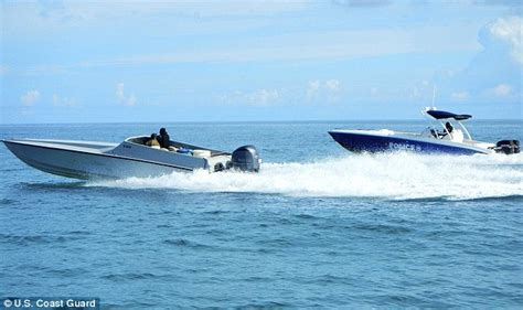 cigarette boat to bahamas drug cartels using new go fast boats that are almost