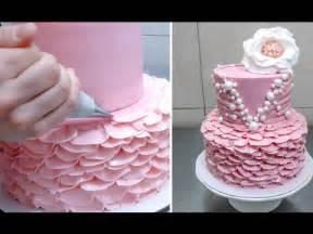 fotos auf kuchen buttercream ruffle cake decoration idea how to by