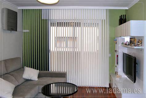 Cortinas Enrollables Noche Y Dia #8: Cortinas-verticales-de-tejido-screen-blanco-y-verde.jpg