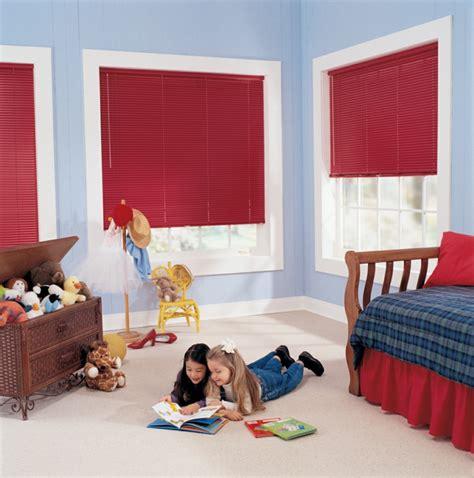 Sichtschutz Fenster Kinder by Fenster Sichtschutz Rollos Plissees Jalousien Oder