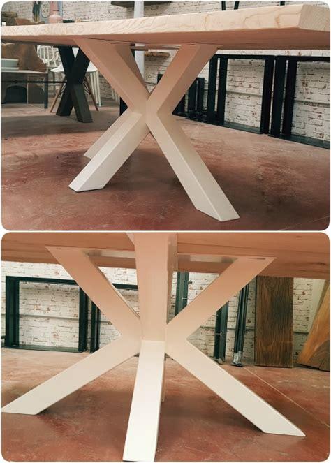 tavoli con gamba centrale tavolo in legno massello con gamba in ferro big x xlab