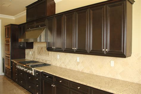 pictures of kitchen cabinets with handles how to choose kitchen wall tile midcityeast