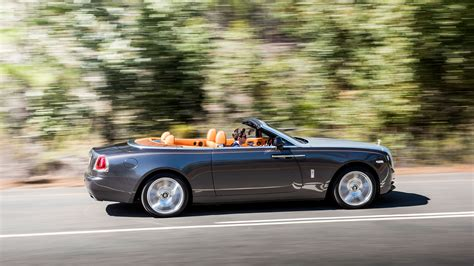 rolls royce racing driving the rolls royce dawn a supremely regal bodice