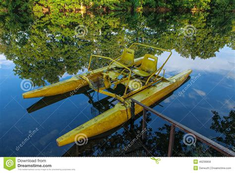 pedal boat yellow the yellow pedal boat abandonned stock photo image 46236858