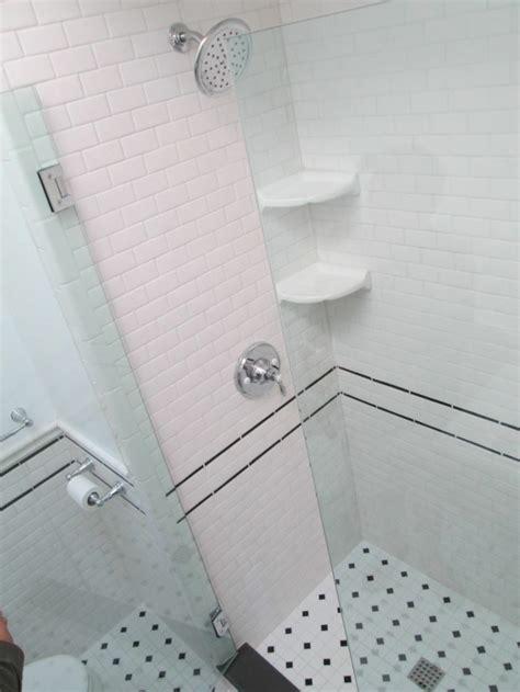 kleines komplettes badezimmer umgestaltet ideen kleines bad fliesen 58 praktische ideen f 252 r ihr zuhause
