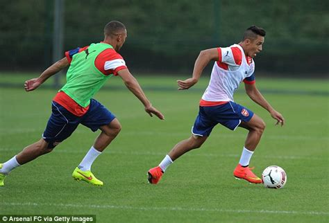 alexis sanchez gym alexis sanchez takes part in arsenal training as first