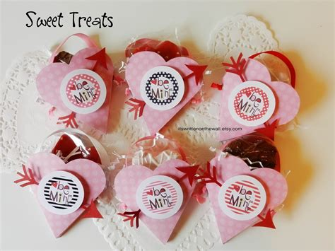 valentines day treats for school it s written on the wall s day treat