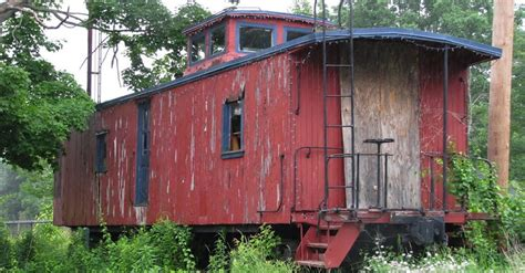 1800 Sq Ft Floor Plans old abandoned train is transformed into a 400 sq ft tiny