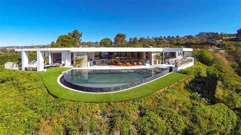 Minecraft Billionaire Markus Persson Buys 70 Million