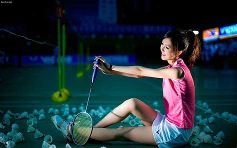 sports wallpaper badminton game girl playing badminton wallpaper