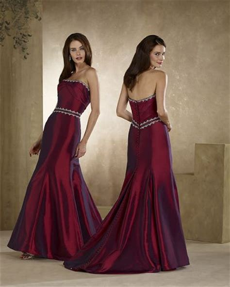 Wedding Dress Maroon by Maroon Wedding Dress Fashion Belief