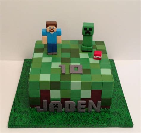 How To Decorate A Minecraft Cake by 17 Best Images About Minecraft Cake Cupcake On
