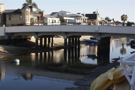 balboa island new years newport local news troubled bridge balboa waters