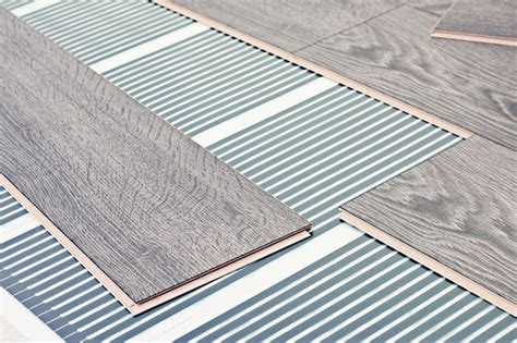 risparmio riscaldamento a pavimento pannelli radianti risparmio casa utilizzare pannelli