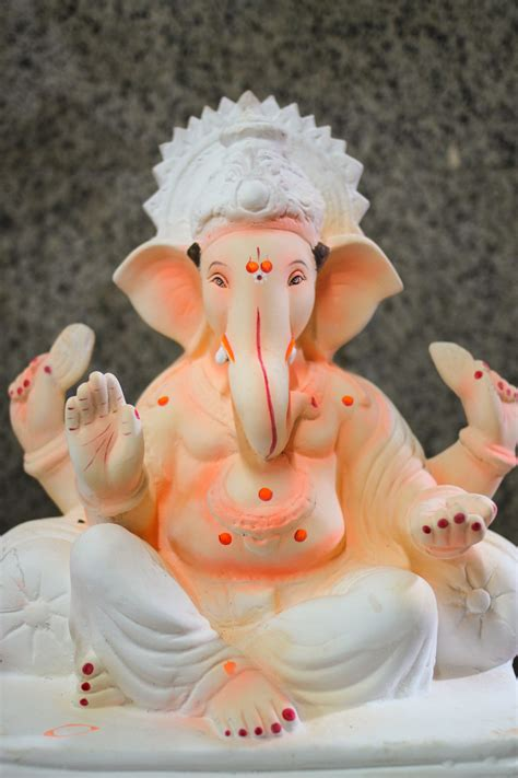 eco friendly ganesha making chuzai living