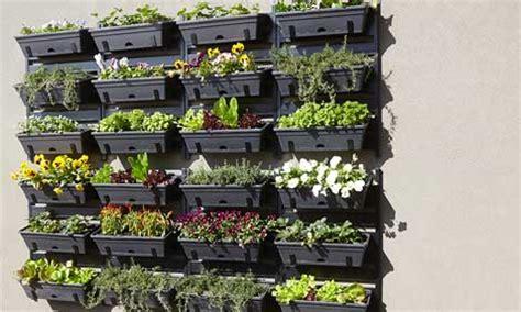 Vertical Garden Bunnings How To Build A Vertical Garden Bunnings Warehouse
