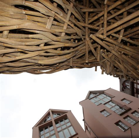 designboom installation joko avianto wraps bamboo weaving across frankfurter