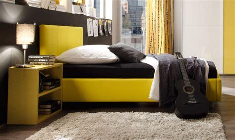 Bett 0 Finanzierung by Polsterbett In Knallig Gelben Kunstleder Aus Italien