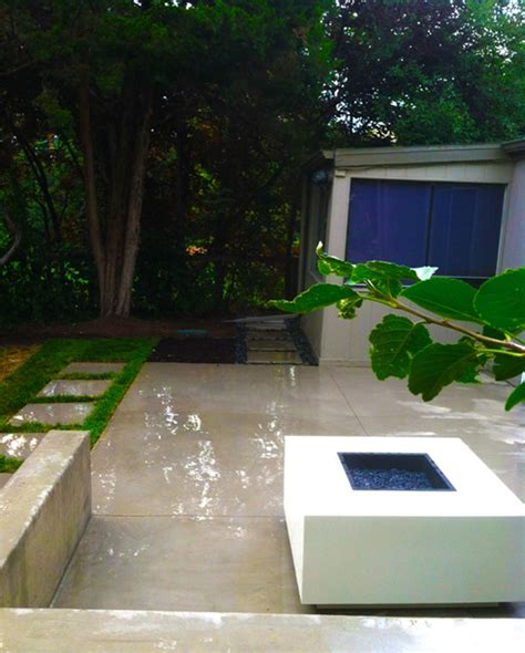 Smooth Concrete Patio by Smooth Finish Concrete Patio With Modern Pit