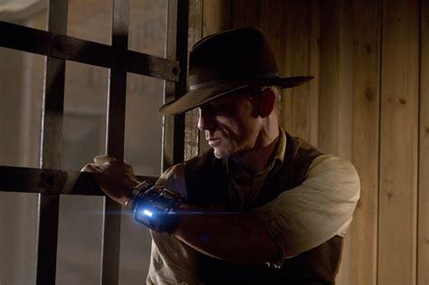 film cowboy extraterrestre cowboys envahisseurs 24 nouvelles photos actucine com