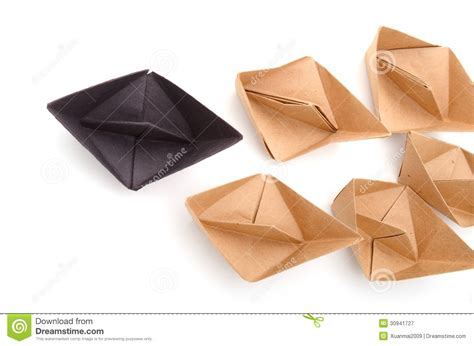 Origami Player Free - origami boats royalty free stock photography image 30941727