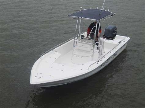 sea pro boat rod holders sea pro sv2400 bay boat reduced to 20 000 the hull