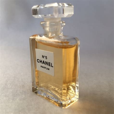 Jual Parfum Miniatur Chanel chanel chanel no 5 perfume mini parfum miniature 3 5 ml from s closet on poshmark