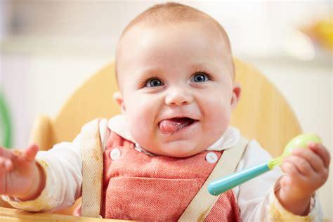 wann beginnt mit beikost wann und wie beginne ich mit beikost teil 1 babyartikel