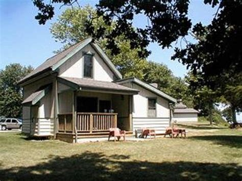 Carlyle Lake Cabins carlyle lakefront cottages updated 2016 cground