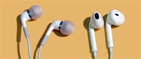 Headset Apple Di Ibox Comparison Apple In Ear Headphones Vs Apple Earpods