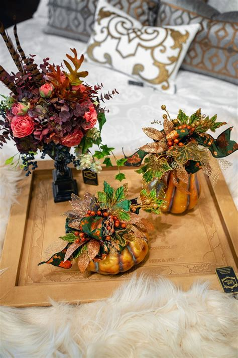 exquisite selection  fall decor   chicago
