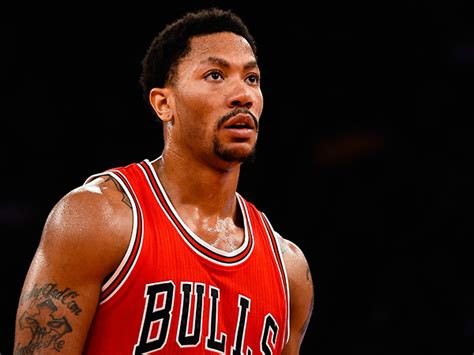 biography about derrick rose photos derrick rose see pics of the nba player