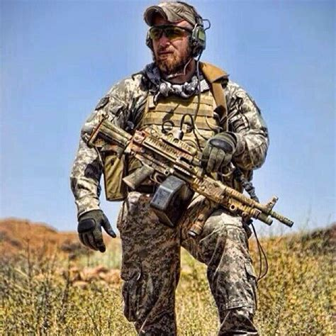 how is robertson hair tactical special forces soldier with beard 25 best ideas about