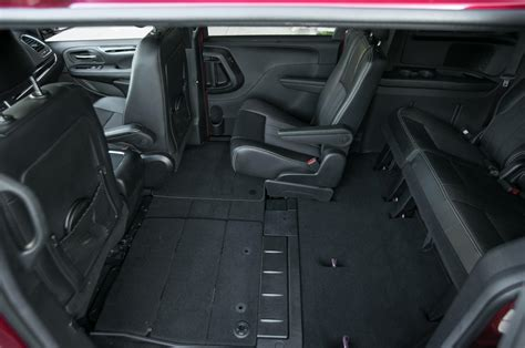 Chrysler Town And Country Interior by 2017 Chrysler Town And Country Interior Dimensions Www